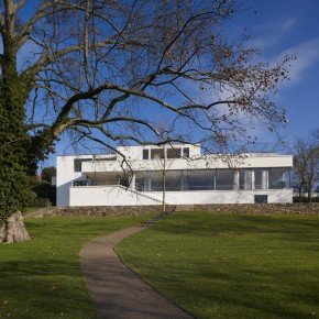 Ludwig Mies van der Rohe: Villa Tugendhat, Brno, Czech Republic, 1928-30