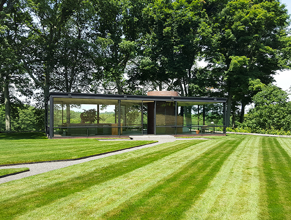 Philip Johnson: Glass House, New Canaan, 1949
