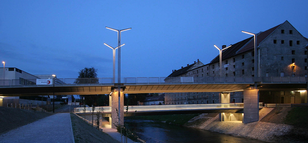 Fabiani Bridge in Ljubljana, competition 1996, constructed 2012; Photo JK Architecture: Jurij Kobe Collaborators: Davorin Počivašek, Aleksandra Fatur, Mojca Gužič, Domen Bergoč, Gorana Stipeč, Tanja Bojc, Paulo Barbaresi, Nina Tešanović, Maja Kovačič, Ina Radšel, Nataša Blažko, Urša Podlipnik