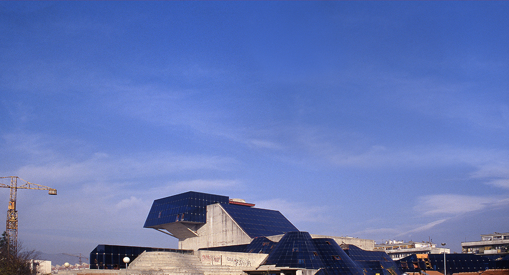 Cultural Centre in Nikšić, first prize at a Yugoslav competition and execution, 1976–1988. Author: Marko Mušič