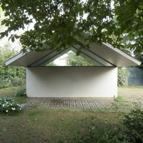 Studiospazio: Workshop Garage in a Garden, Suzzara, Italy